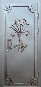 стальные двери с порошковым напылением внутри и снаружи с элементами ковки